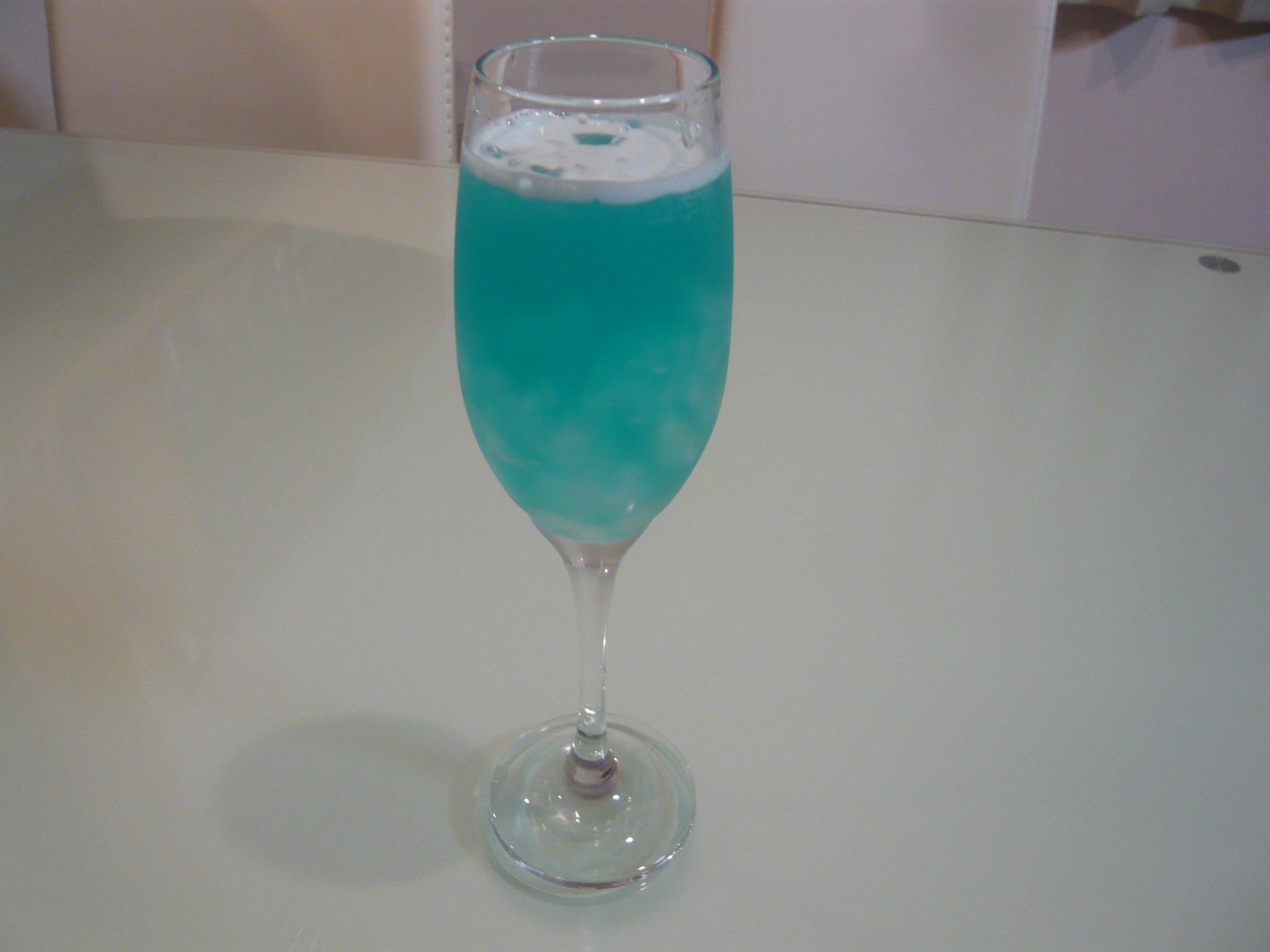 カクテル レモン ジュース